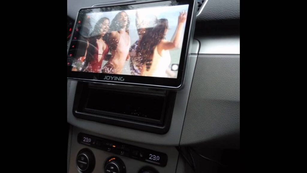 single din head unit in dashboard
