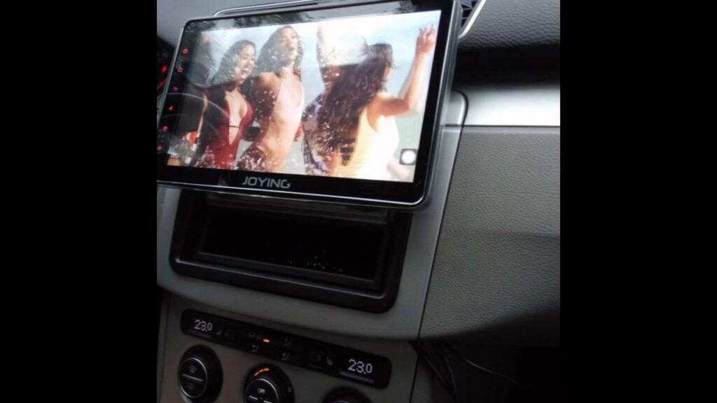 single din head unit in dashboard